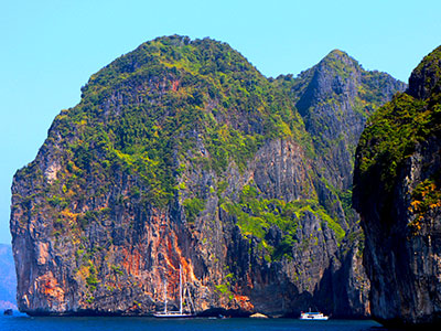 Maya Bay - Phi Phi Island - Education Abroad Asia